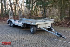 Aanhangwagen verhuur Oprijwagen minikraan 1