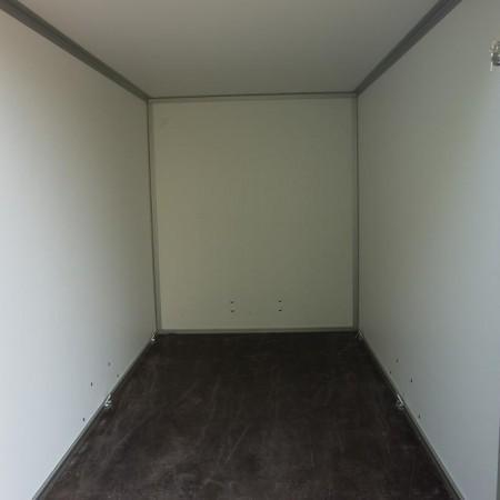 aanhangwagen verhuur enkelasser gesloten geremd 4